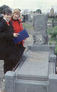 Melbourne Cemetery Tours